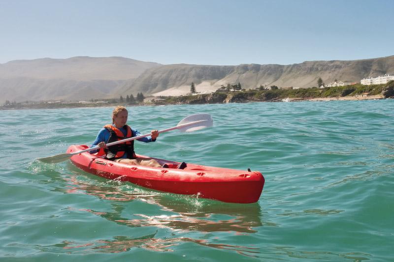 speelhuis-family-attractions-kayaking